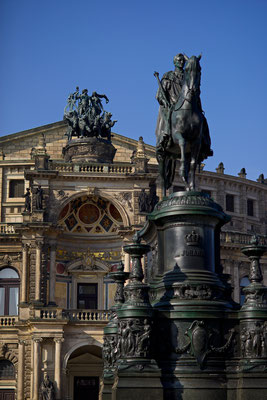 Semperoper close up