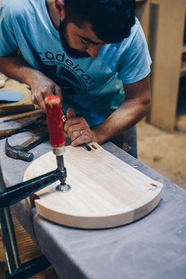 Herstellung Oyster Hocker