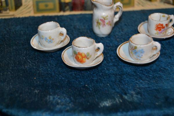 service à thé en porcelaine allemande 1900
