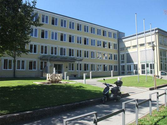 Landratsamt Landsberg am Lech - Sonnenschutz am Hauptgebäude