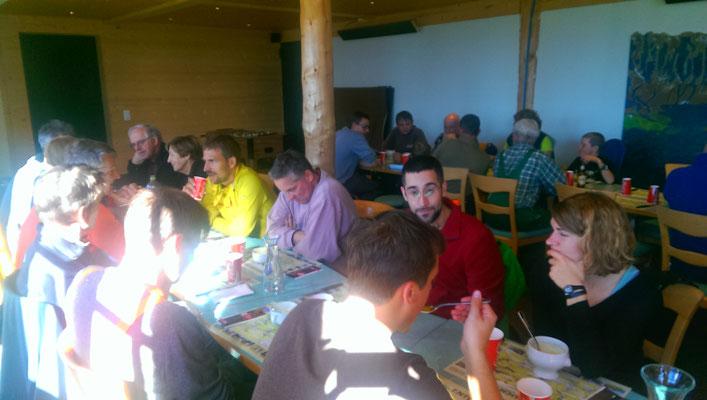 Mittagessen im Lochsitli