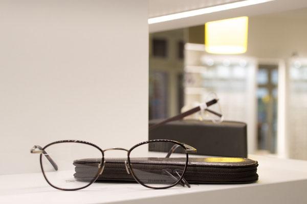 Ansicht einer modernen Brillen beim GlasHaus - dem optiker.