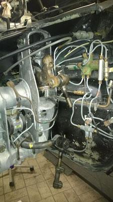 D Super 5 - Hydraulikleitungen und Höhenkorrektor Radkasten vorne rechts