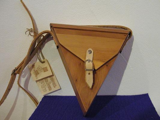 Handtasche aus Eibe