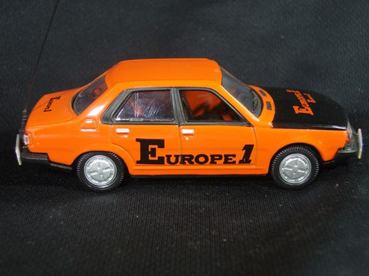 Renault 18 radio EUROPE 1                                           Tour de France 1979