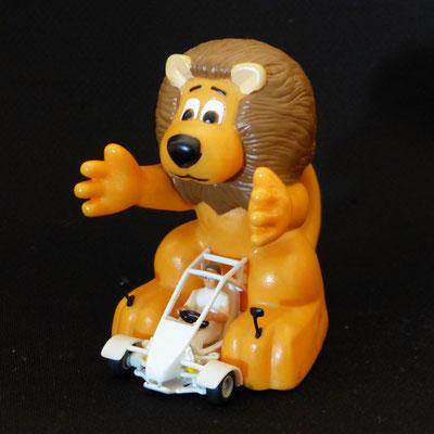 Kart avec Lion géant Crédit Lyonnais     Caravane Tour de France 2002