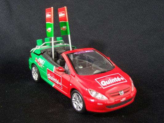 Peugeot 307 CC  P.M.U.                                                Caravane Tour de France 2004