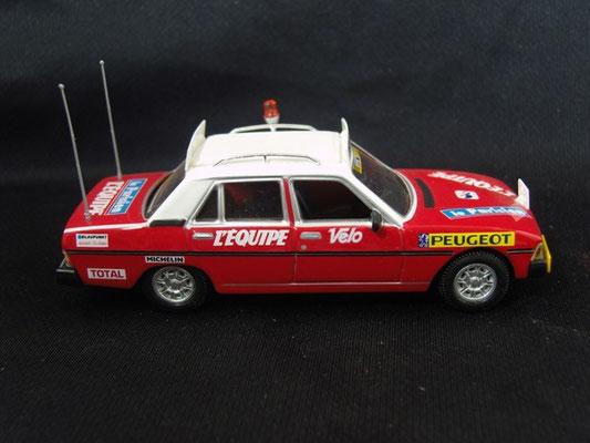 Peugeot 604 Directeur de course                                     Tour de France 1976