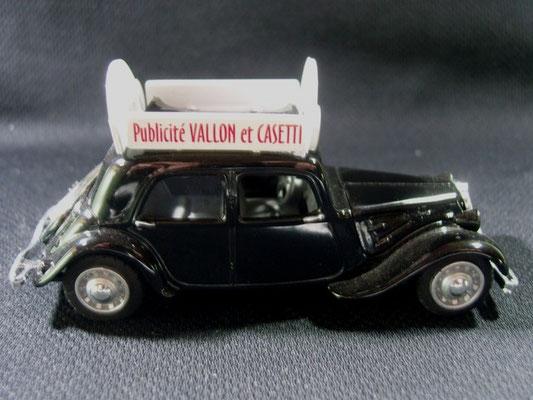 """Citroën Traction """"NOUGAT DES CHAMPIONS Vallon et CASETTI""""   Caravane Circuit des 6 Provinces 1952"""