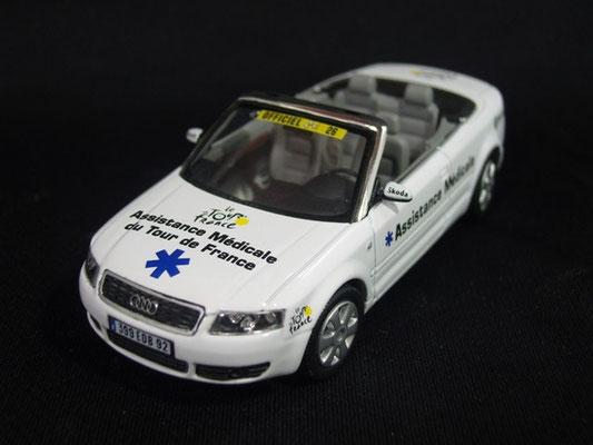 Audi A4 Cabriolet Assistance médicale                            Tour de France 2004