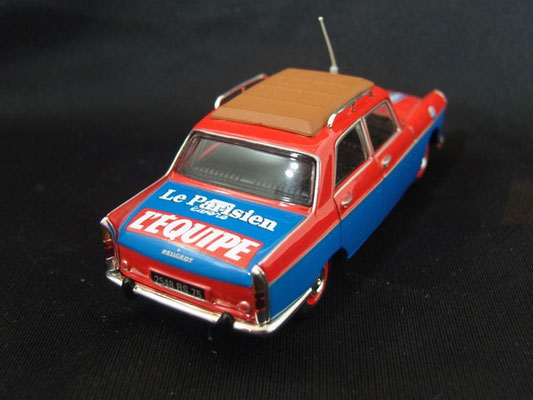 Peugeot 404 Officiel                                                        Tour de France 1962