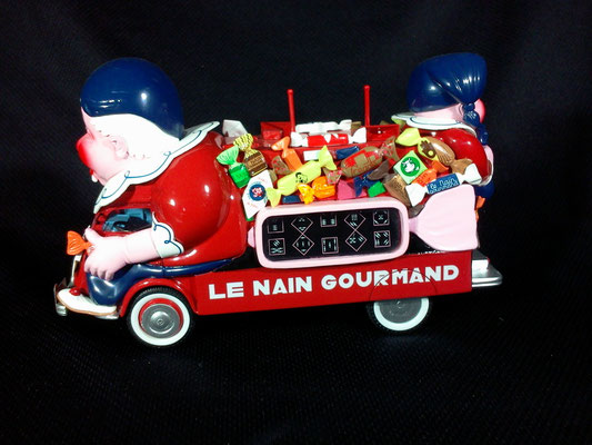 Renault 1000 Kgs  LE NAIN GOURMAND  Tour de France 1952