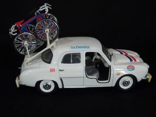 Renault Dauphine Equipe de France                                Tour de France 1959