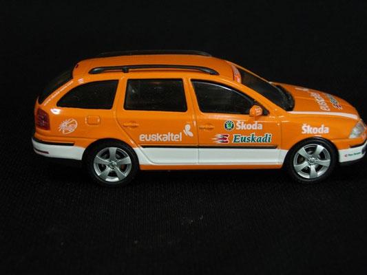 Skoda Octavia Equipe EUSKALTEL                                Tour de France 2006