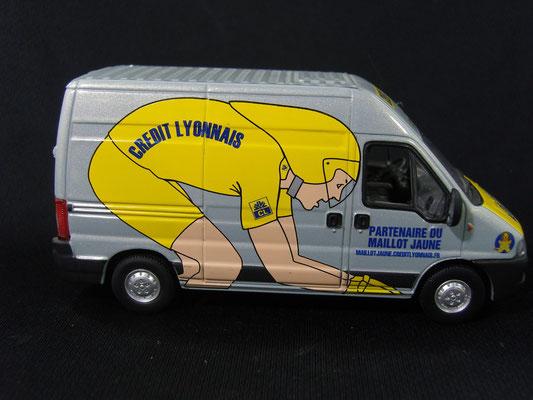 FIAT Ducato Crédit Lyonnais                                     Caravane Tour de France 2002