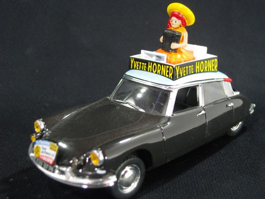 Citroen DS 19 YVETTE HORNER          Tour de France 1959