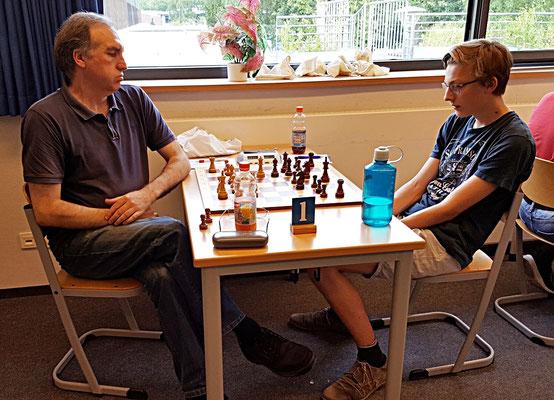 08. Juni 2018 - 7. Runde: Matthias Thanisch gegen Knut Ahlers - Foto © Wofgang Wilke