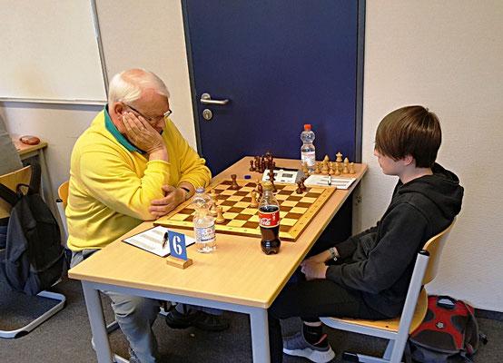 "18. Mai 2018 - 6. Runde: Henning Geibel gegen ""Huurikan"" Tuscan Beier - Foto © Wofgang Wilke"