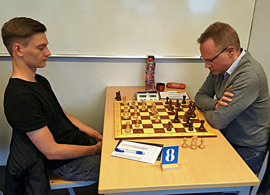 18. Mai 2018 - 6. Runde: Alexander Lossner gegen Pascal Echt - Foto © Wofgang Wilke