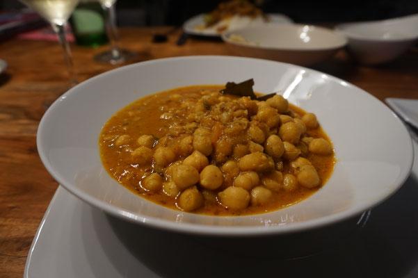 Vegetarisches Gericht mit Linsen