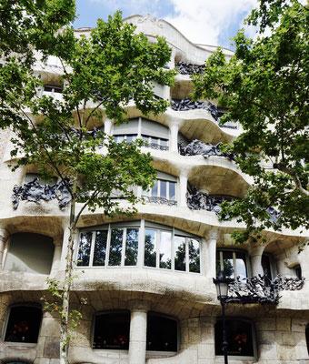 Die Casa Mila