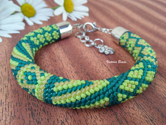 Sale Women Green Matte Beadwork Bracelet Boho Simple Bead Crochet Jewelry gift for Women girlfriend gift minimalism thin Wedding Jewelry