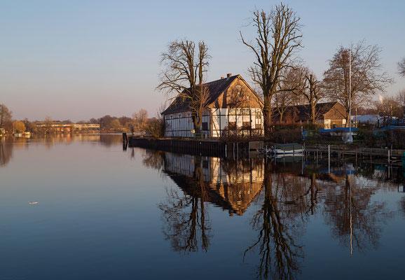 Bootshaus-Fachwerkhaus an der Havel