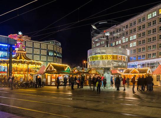 Weltzeituhr Berlin Mitte