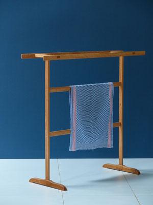 Shaker towelrack - zierlich und doch stabil, wiegt 1040 g