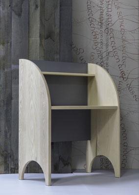 Schreibmöbel aus Esche