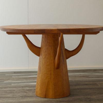 runder Tisch aus Rüster(Ulme)