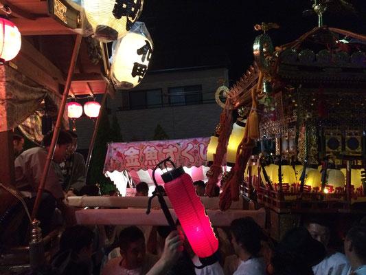 佐倉の秋祭り 仲町お神酒所と大神輿