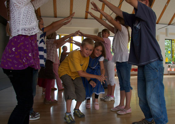 Liebe Schwester tanz mit mir, Foto: Ines Riedel