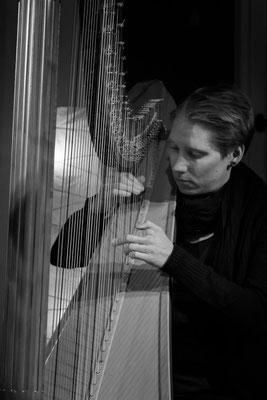 Julia Bauch - Harfe (Foto: Sylvia Pudel)