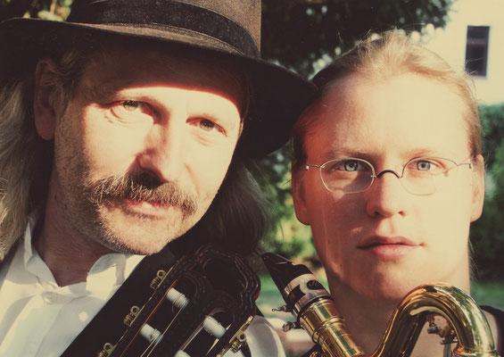 Maria Ackermann (Klarinette) und Thomas Riedel (Gitarre)
