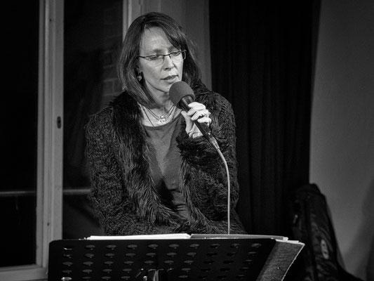 Jana Schirmacher - Gesang (Foto: Sylvia Pudel)