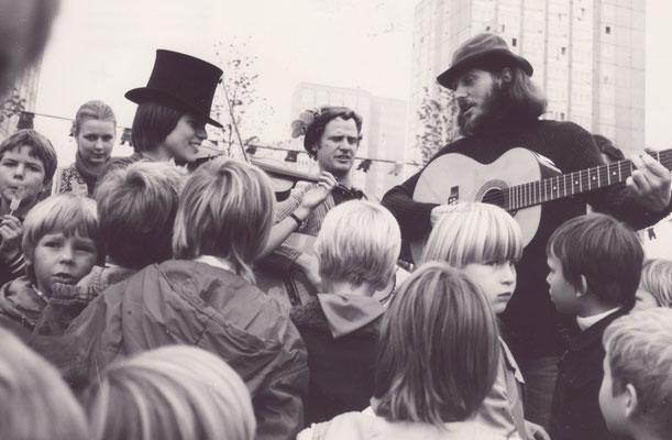 Kinderfest in Magdeburg Nord mit Ulrike Nitzschke ud Peter Wittig, Foto: Jürgen Banse