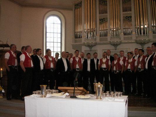 Kirchenkonzert Nesslau, Gesamtchor mit Jodlerclub Männertreu Nesslau
