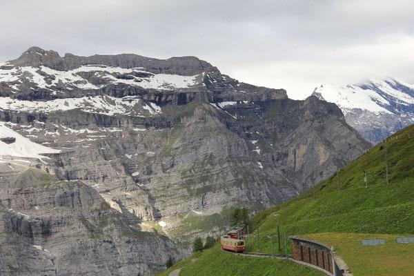 auf dem Weg zur kleinen Scheidegg