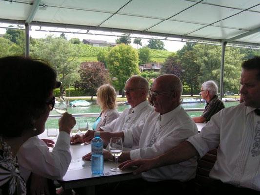 gemütliche Heimfahrt auf dem Rheinschiff