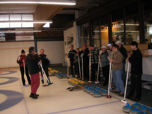 Instruktion Curling (Probewochenende)