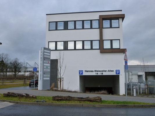 Werbepylon 6m hoch - Firma Jessen, Mönchengladbach