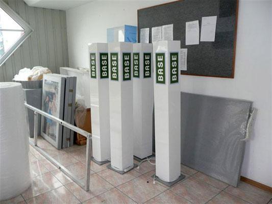 E-Plus | Säulen