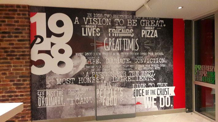 Pizza Hut, Dresden | Innenbeschriftung - Dekoration - Digitaldrucke - Vollverklebung ganzer Wände inkl. Türen