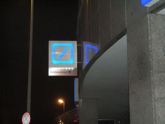 Deutsche Bank | Ausstecker nach Corporate Identity, Ausleuchtung mittels LED