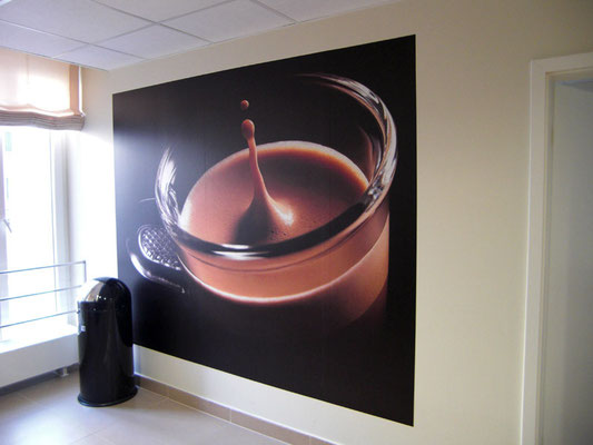 Nespresso Boutique | Folienbeschriftungen im Innenbereich mit Digitaldrucken