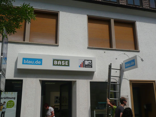 BASE Shop Warburg