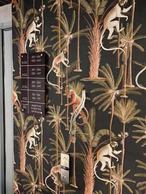 Ibis Hotel budget & styles Bayreuth | Beschilderung mittels Acrylgalsschlder mit Edelstahlabstandshaltern und Digitaldruck