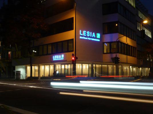 LESIA AG - Nachtaufnahme