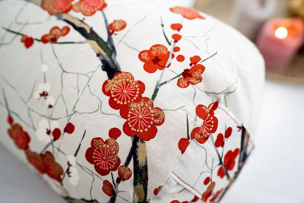 Bolster Kirschblüten Weiss Detail II